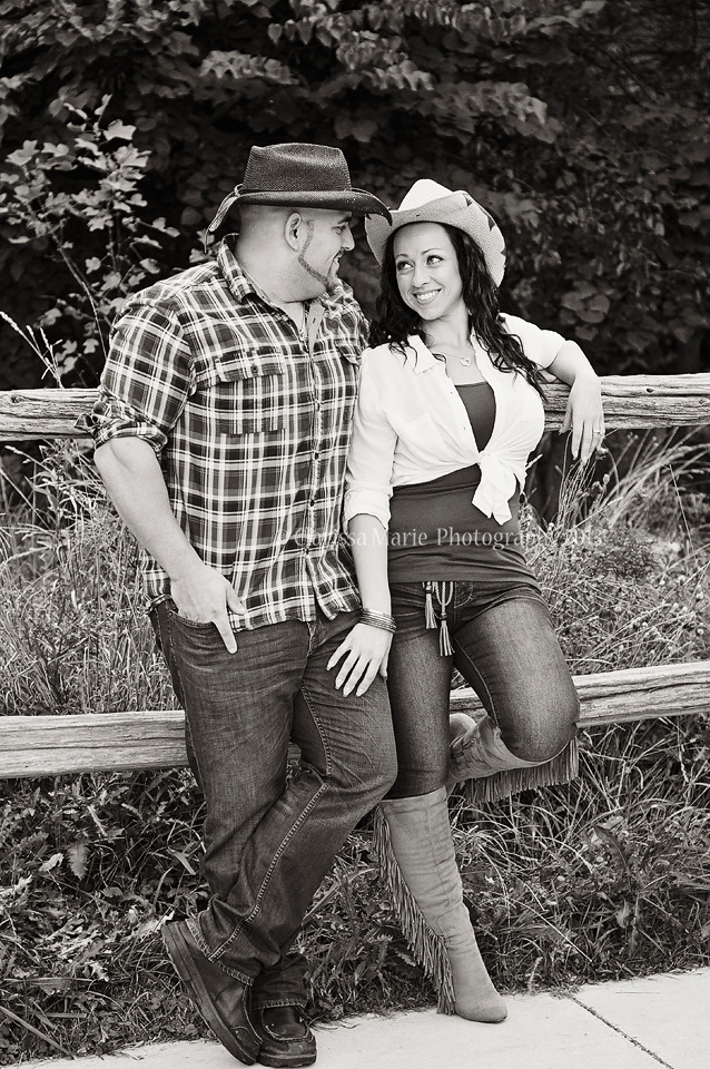 WEB ONLINE  USE Shawn & Melanie Sept 25 2013 (40)